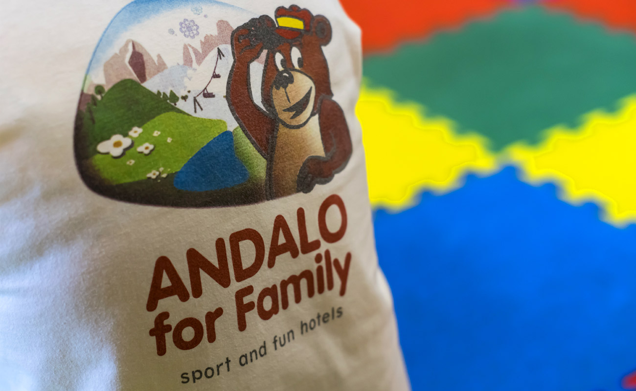 La maglietta di Andalo For Family, una location ideale per famiglie